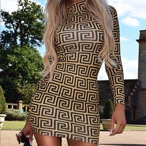 💛💛Mustard long sleeve pattern dress🌼🌻🌝